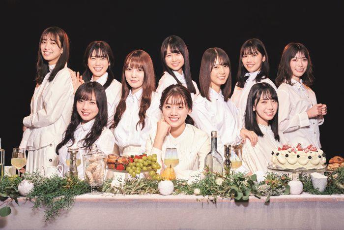 日向坂46が「B.L.T.」表紙に大集合!10名のメンバーで贈る「ひなパ」をお届け!