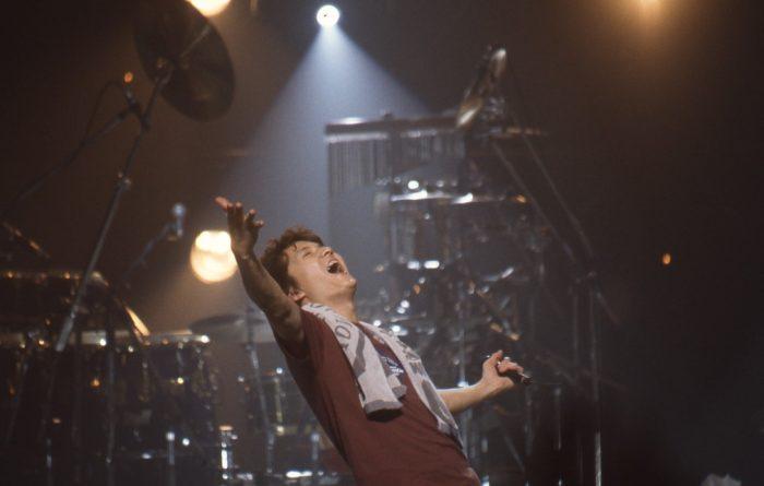 福山雅治、2000年代の名曲が揃い踏みの年末ライブイベントをWOWOWで放送決定!
