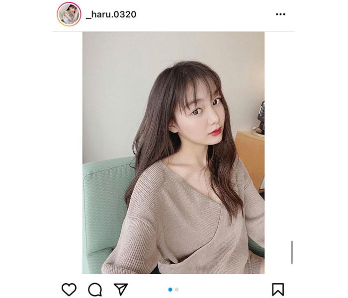吉澤遥奈、透き通る素肌とデコルテが美しい自撮りショットに反響!「まさに美女」「大人な雰囲気」