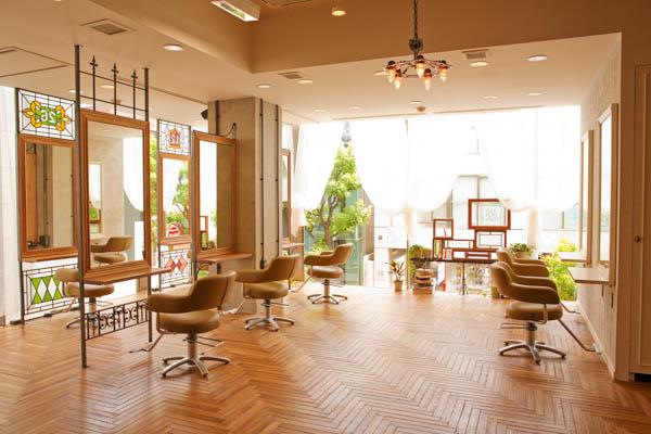 BEAUTRIUMのヘアスタイリスト西舘祐介教える失敗しない美容室でのオーダー法とは?