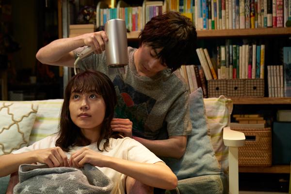 菅田将暉&有村架純の尊すぎる同棲シーンが公開<花束みたいな恋をした>