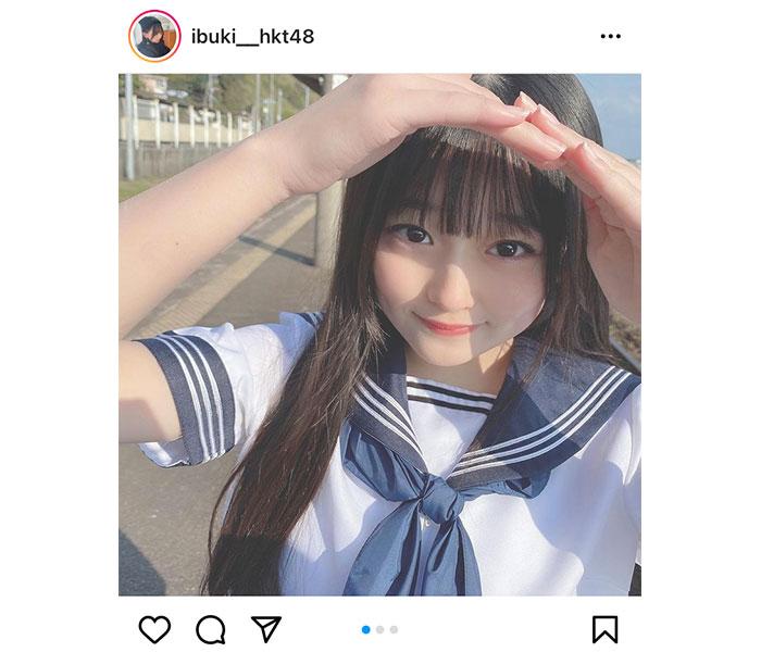 HKT48 石橋颯、上目遣いで見つめるセーラー服姿に歓喜の声