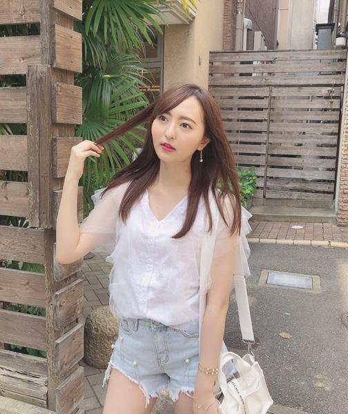HKT48 森保まどか、今後のヘアスタイルをファンに問う「どっちが好き?」