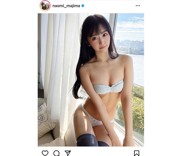 真島なおみ、チラ見えのニーハイで魅せる太ももショット!
