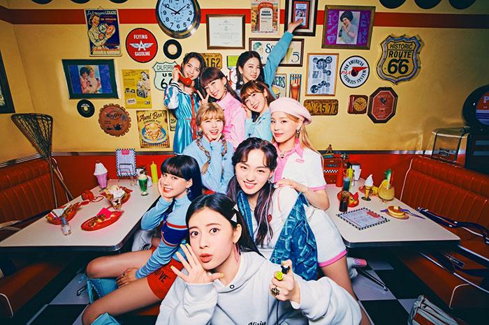 """グローバル・ガールズグループ""""NiziU""""2nd Singleより「Poppin' Shakin'」が本日先行配信スタート! 音楽配信サイトでさっそく1位獲得!!"""