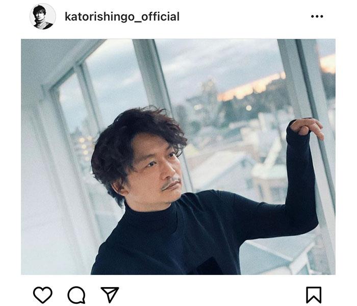 香取慎吾、空を眺めるダンディなポートレートにファン歓喜!