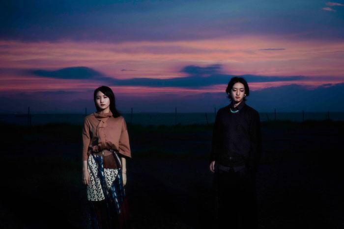 YOASOBI、『群青』がストリーミング累計1億回再生を突破!