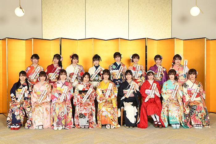 AKB48成人式が約2カ月遅れで開催!坂口渚沙、横山結衣らがこれからの意気込みを語る!