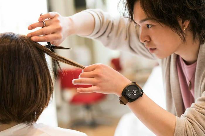 hair&make shower TOSHI「将来は学びたいけど環境が無い国に美容師の技術を教えに行き、夢を与えれるような人になりたい」