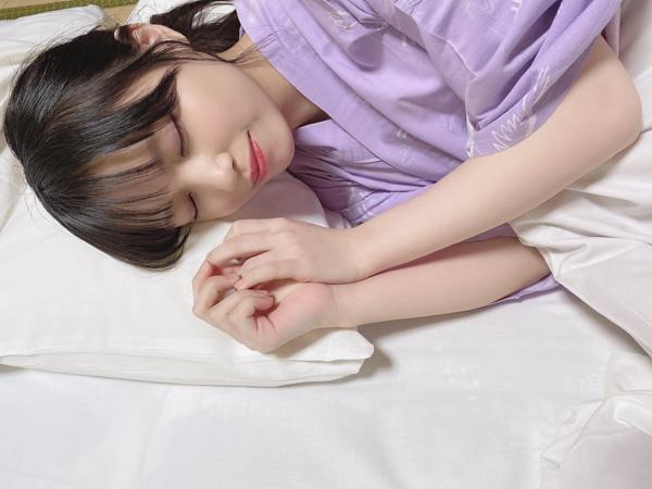 STU48 岩田陽菜、添い寝気分を楽しめる浴衣ショット公開!