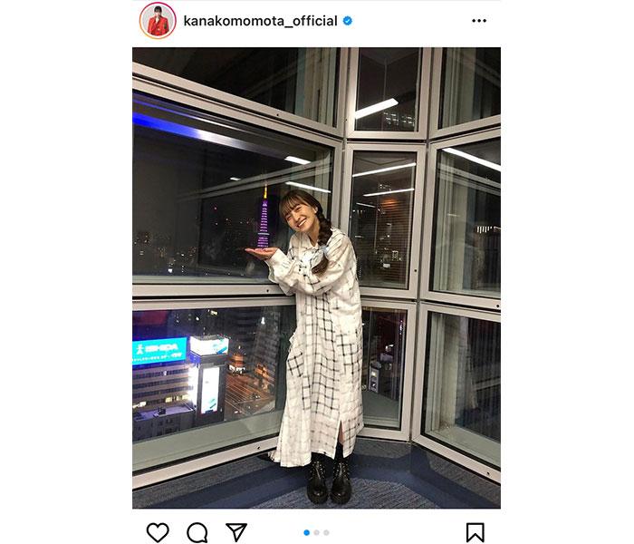 """ももクロ 百田夏菜子、""""手乗り東京タワー""""写真に「可愛い」の声殺到!"""