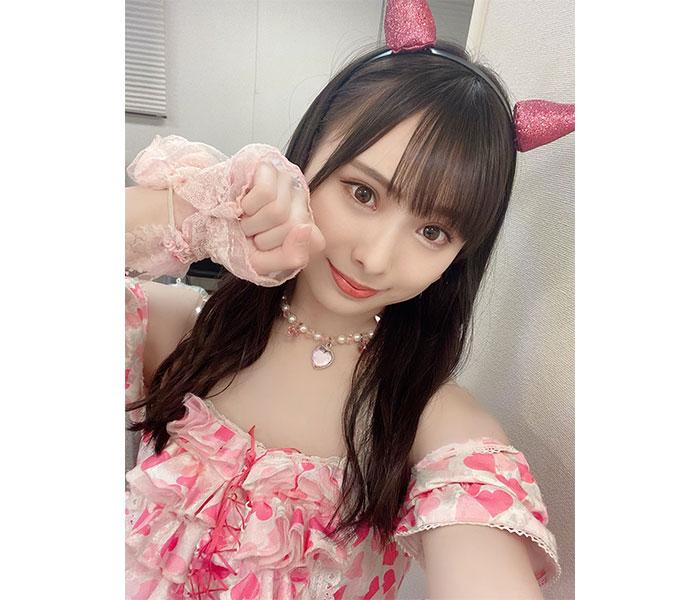 """NMB48 梅山恋和、""""わるここにゃ""""でもち肌披露!「可愛すぎて悶絶してました」"""