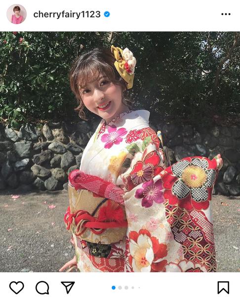 菅原りこ、艶やかなハタチの振袖姿を披露「優しくて強い女性になれる様これからも頑張っていこうと思います」