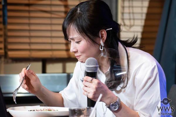 生配信ライブin日本橋アゴラカフェを終えたサックスプレイヤー中村有里、クリエイター菅生健人、MC池永亜美からコメントが到着