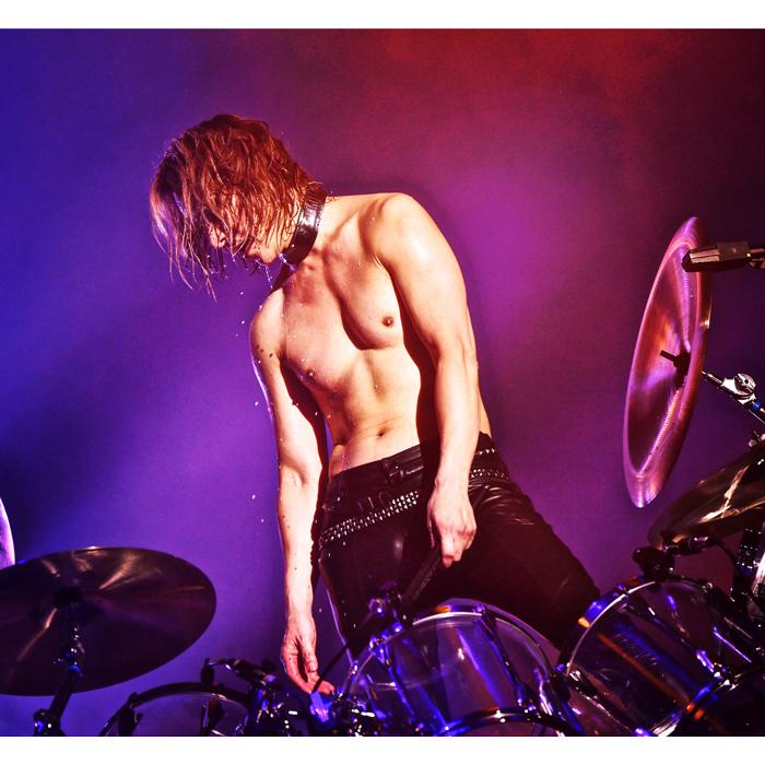 X JAPAN YOSHIKIの問いかけにコメント続々!「私はYOSHIKIの全てが大好き」