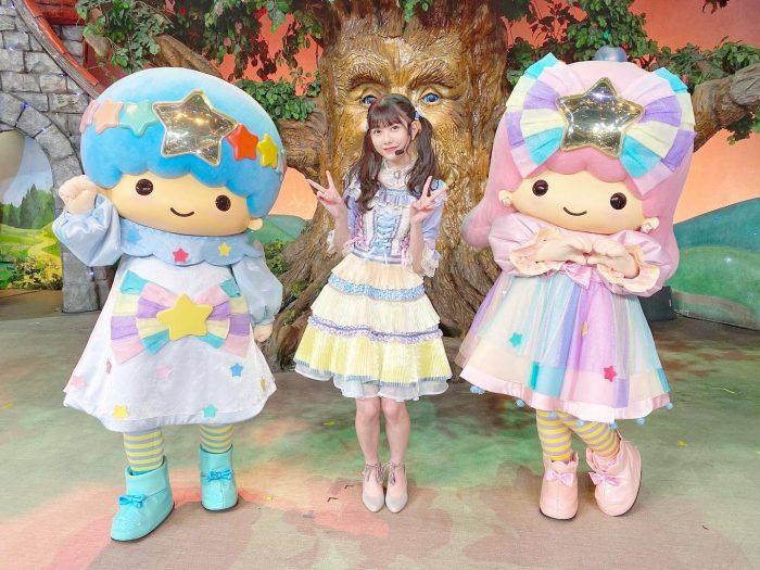 AKB48 千葉恵里、サンリオ・キキ&ララとの3ショットを公開!「キキララ×えりいちゃん最強すぎる」