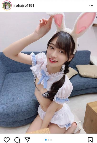 藤田いろは、イースターウサギのコスプレで美乳披露!