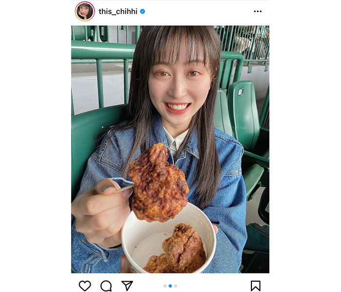 NMB48 川上千尋、唐揚げをパクリと食べるデート風写真が可愛すぎる!