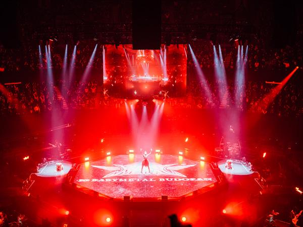 【ライブレポート】BABYMETAL、結成10周年イヤーの集大成となる「10 BABYMETAL BUDOKAN」日本武道館10公演、完遂&世界最速配信決定