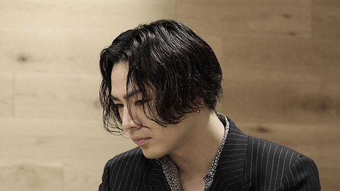 TBS「週刊EXILE」5/12に最新EPをリリースするØMIを大特集!番組初!?のロングインタビューを3週にわたりオンエアー!!