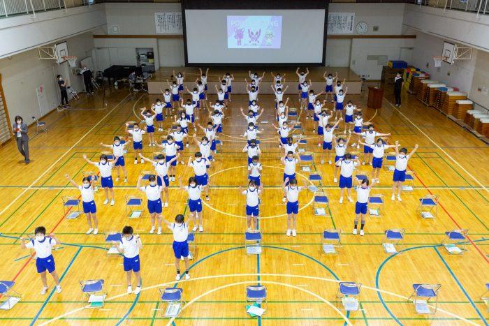 東京パラリンピック応援ダンスを子供だちが披露!佐藤友祈選手もオンライン講義を開催