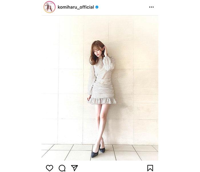 AKB48 込山榛香、美脚際立つワンピース姿に反響ぞくぞく!「透明感半端ないです」