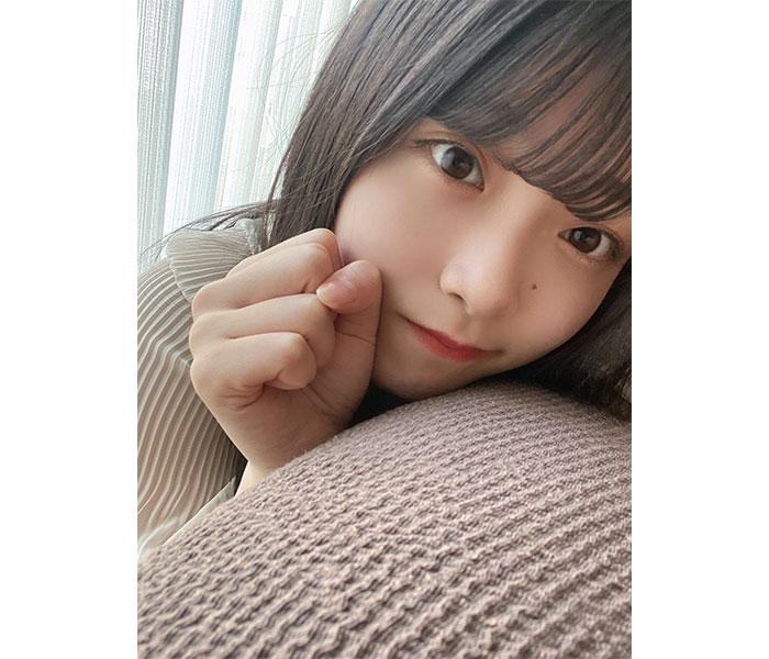 NGT48新センター・小越春花、可愛すぎる至近距離ショットに歓喜の声!