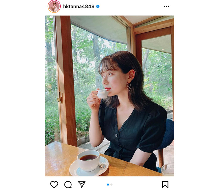 """【間違い探し】HKT48 村重杏奈の""""いい女""""ショットに漂う違和感とは?"""