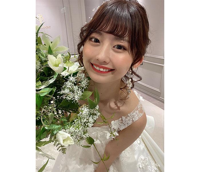 佐藤かれん、「結婚してくれませんか…?」純白ウェディングドレス姿に歓喜の声