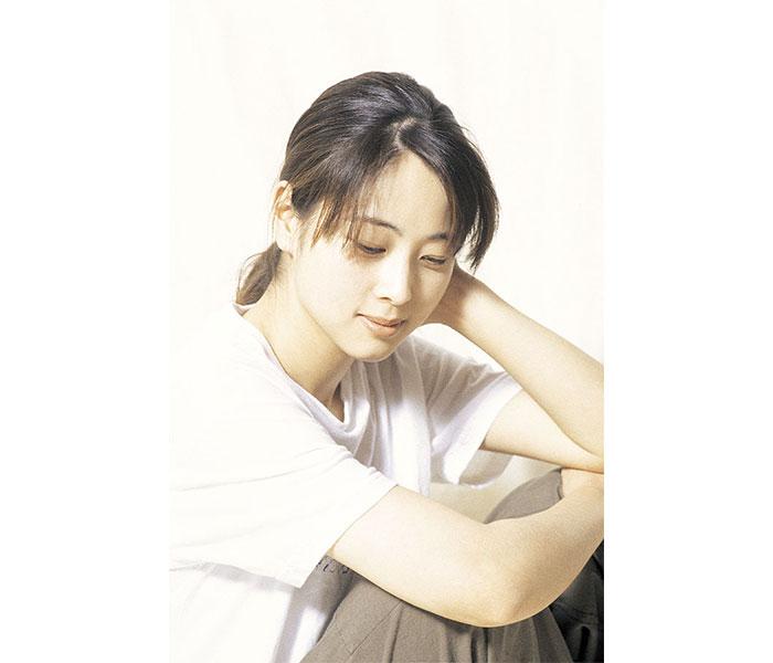 ZARD 坂井泉水の命日に無料アコースティックライブを配信
