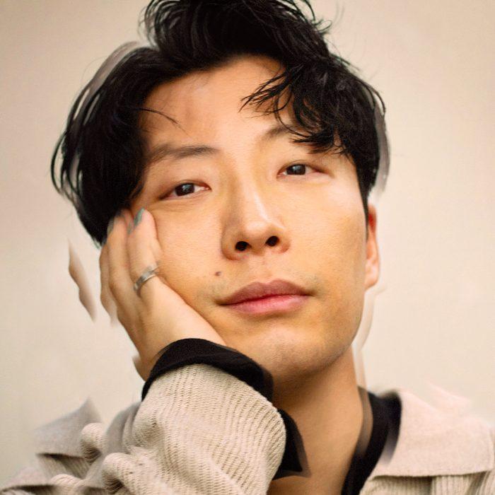 星野源、話題の新曲『不思議』が週間デジタルシングルで1位に!前作「創造」に続き2作連続