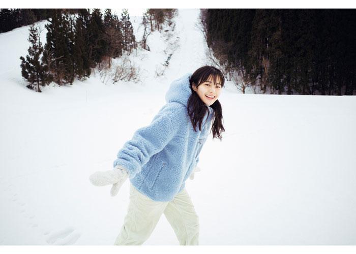 NGT48・本間日陽1st写真集『ずっと、会いたかった』特典はエモーショナルな動画付きポストカード!