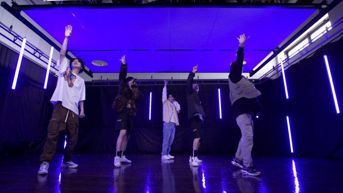 "SKY-HI主催オーディション「THE FIRST」、""チームB""による自作曲「Good Days」のパフォーマンス映像が公開"
