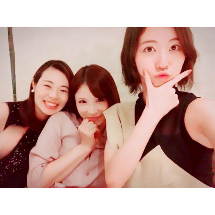 松井珠理奈、手島優とヨーコ(123☆45)との3ショット写真を公開!「私も嬉しいです。早く会いたいなぁ」