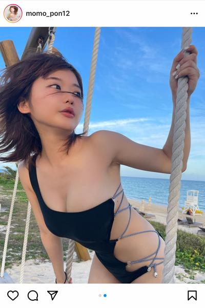 藤田もも、露出度の高い変形水着でセクシーグラビアを披露!「可愛すぎです」