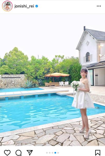 NMB48 上西怜のミニ丈ウェディングドレス姿に結婚希望が続出!