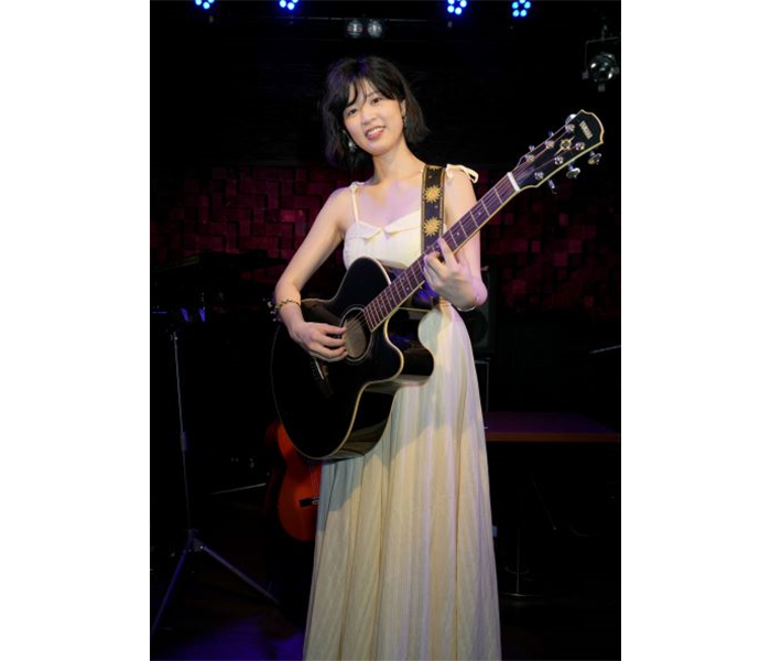 伊藤美裕、デビュー10周年記念サマーライブ開催!デビュー曲から最新曲まで10年間の歩みを心込めて熱唱