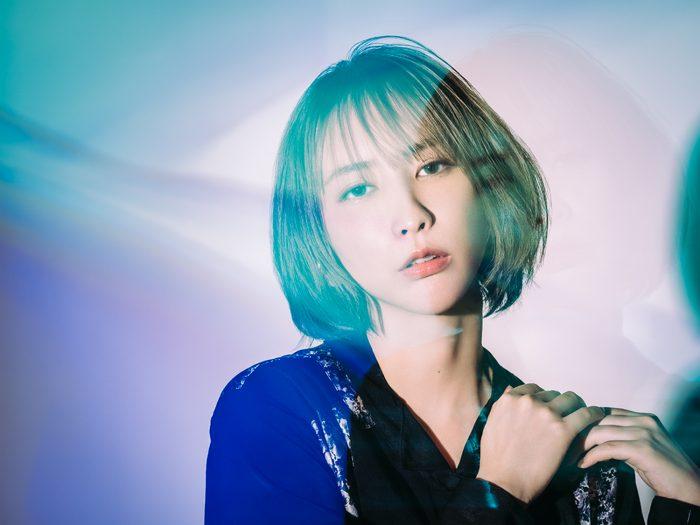 藍井エイル、新曲『アトック』のジャケット写真公開