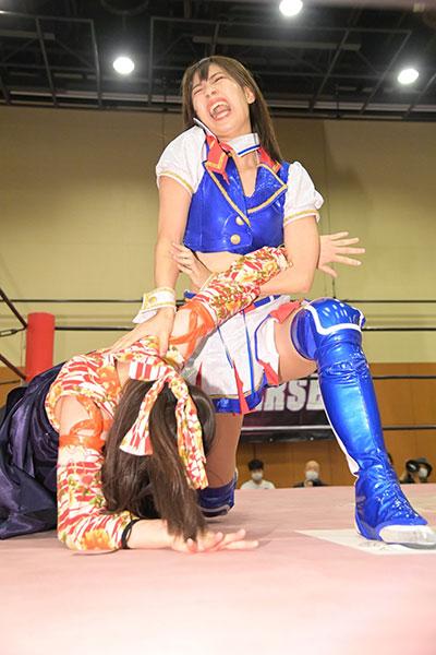 SKE48荒井優希、プロレスデビュー5戦目で初勝利!
