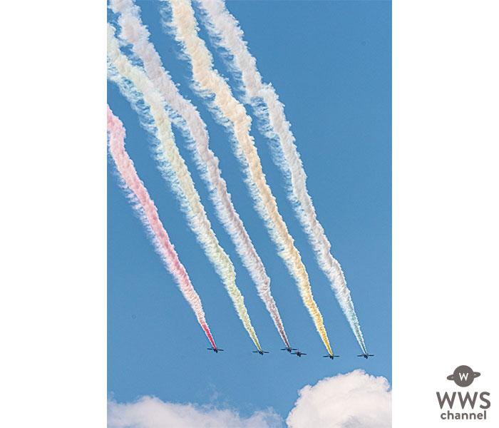 ブルーインパルス、開会式目前に東京上空で五輪描く