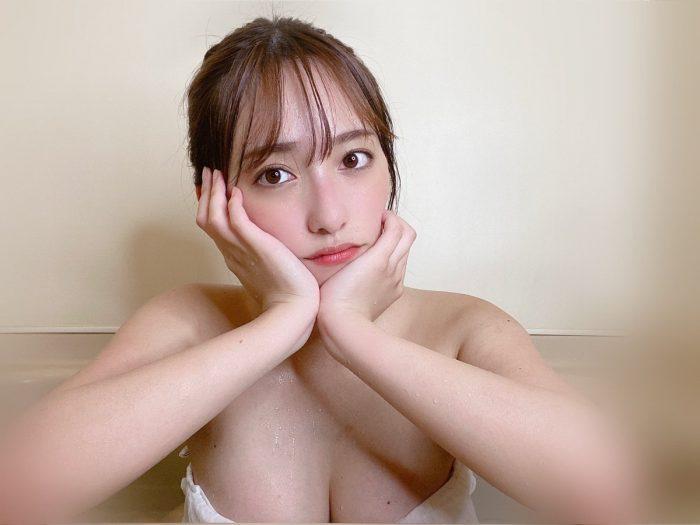 高梨瑞樹、水も滴るお風呂ショット公開!
