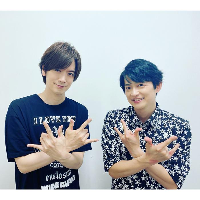 DAIGO、下野紘とツーショットでウィッシュポーズ!「素敵なお二人」