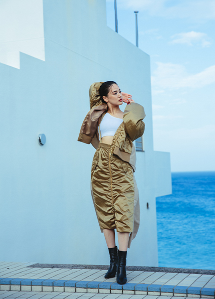 藤井夏恋がディレクターを務めるファッションブランドがプレオープン