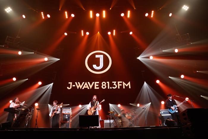 緑黄色社会、初登場の「J-WAVE LIVE」でのびやかな歌声とバンドサウンドを届ける<J-WAVE LIVE 2021>