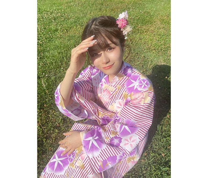 NGT48 清司麗菜、朝顔柄の浴衣オフショットに「素敵すぎる」の声