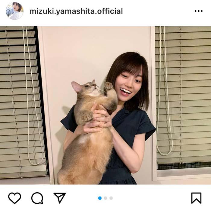 乃木坂46 山下美月、22歳の誕生日は猫と2ショット!だが・・・?