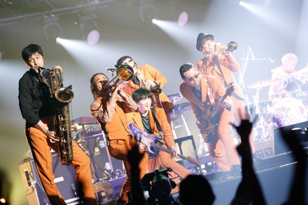 【ライブレポート】Nulbarich、東京スカパラ、KREVA、JUJUら「J-WAVE LIVE 2021」初日に登場!