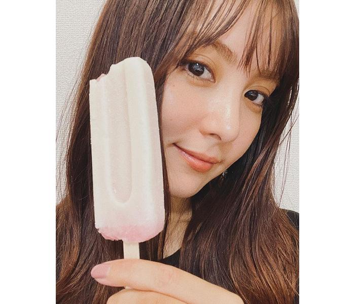 石川恋、前髪ありドアップショットに「美人」「前髪とってもいい感じ」と歓喜の声