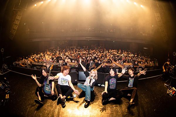 藤川千愛、ワンマンライブで新たなロックプロジェクトの始動を宣言