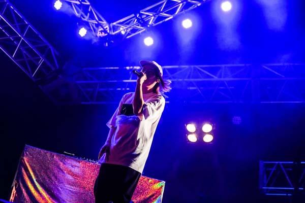 ビッケブランカ、圧巻のパフォーマンスで「ジャイガ」初日の大トリを飾る